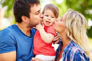 Миниатюра к статье Как правильно воспитывать ребенка с рождения. Типичные ошибки родителей в воспитании детей