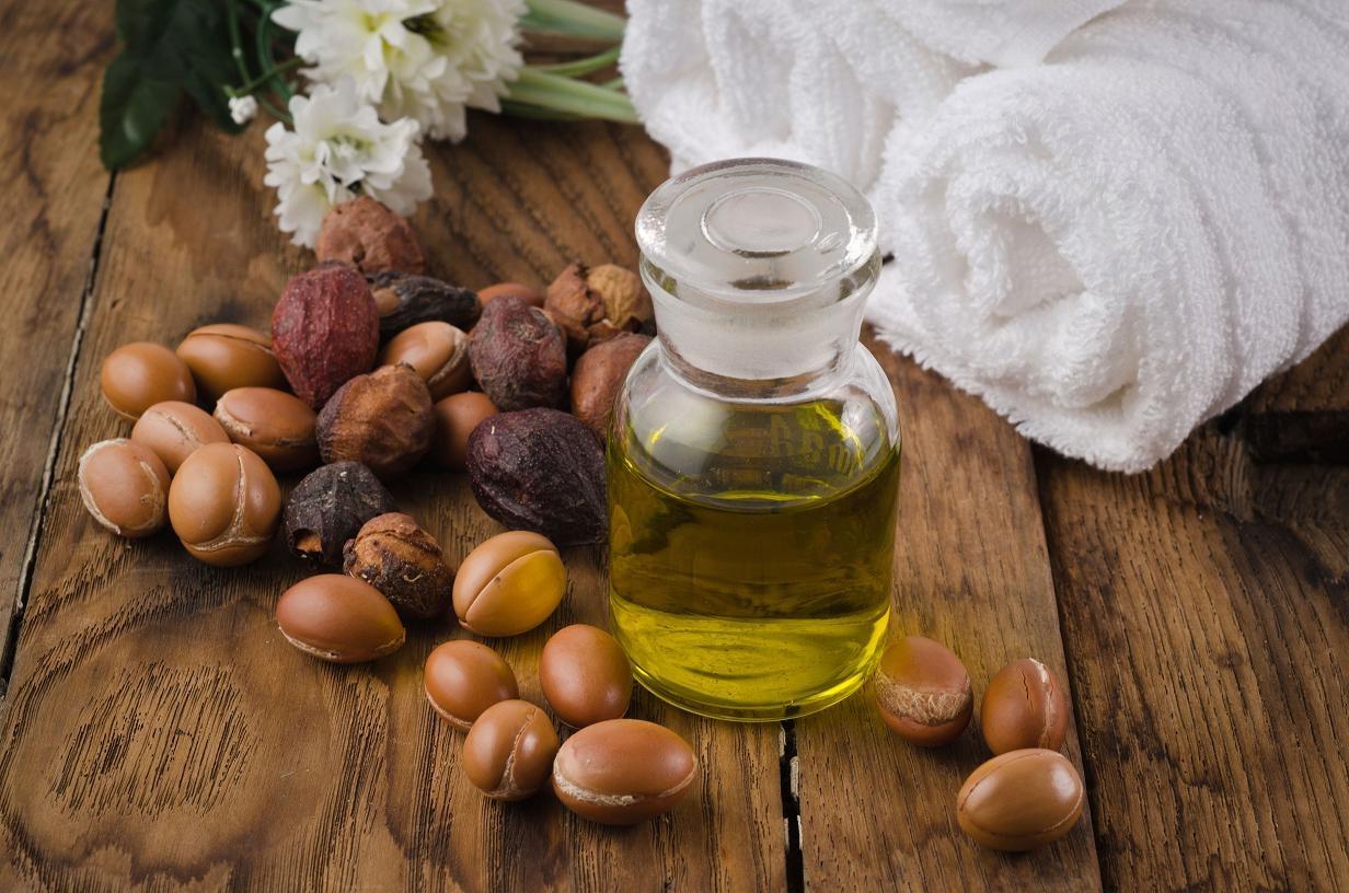 Миниатюра к статье Аргановое масло для лица и волос, свойства и применение