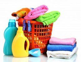 Миниатюра к статье Как удалить пятна с одежды в домашних условиях