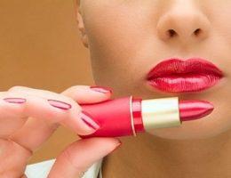 Миниатюра к статье Как правильно подобрать оттенок губной помады