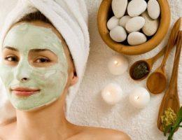 Миниатюра к статье Самые эффективные маски против прыщей в домашних условиях
