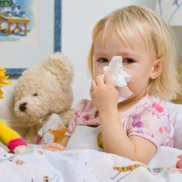 Миниатюра к статье Насморк у ребенка: как быстро вылечить в домашних условиях
